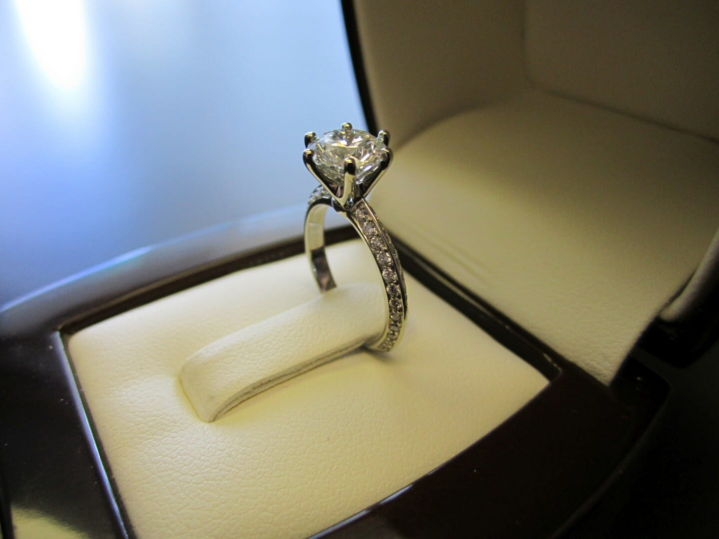 Picture of 1.24ct Round Brilliant Center Diamond in 19K Custom Engagement with Two-Sided Pave Setting