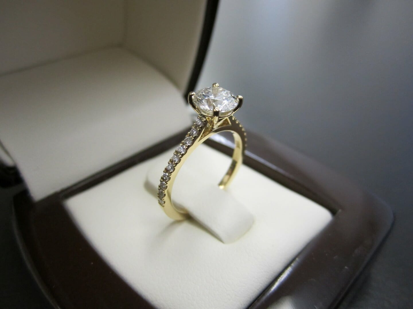 Picture of 1.01ct Round Brilliant Diamond in 18K Yellow Gold Micro Pave Engagement Ring
